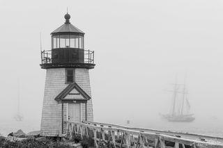 Brant Point, lighthouse, Lynx, tall ship, fog