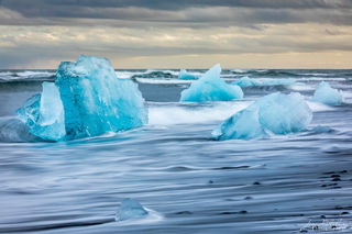 iceberg, black sand, beach, ocean, Fellsfjara, Iceland
