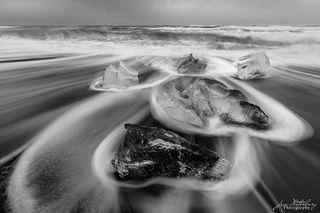 black & white, ice, ocean, Fellsfjara Beach, Breidamerkursandur, Diamond Beach, Iceland