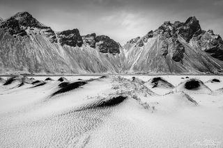 Black & white, mounds, black sand, Stokksnes beach, snow, winter, Iceland, Vestarhorn