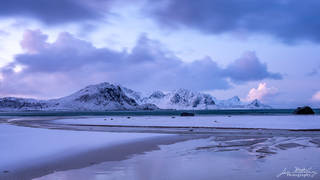 Lofoten, Norway, Haukland Beach, snow, sand, beach, mountains