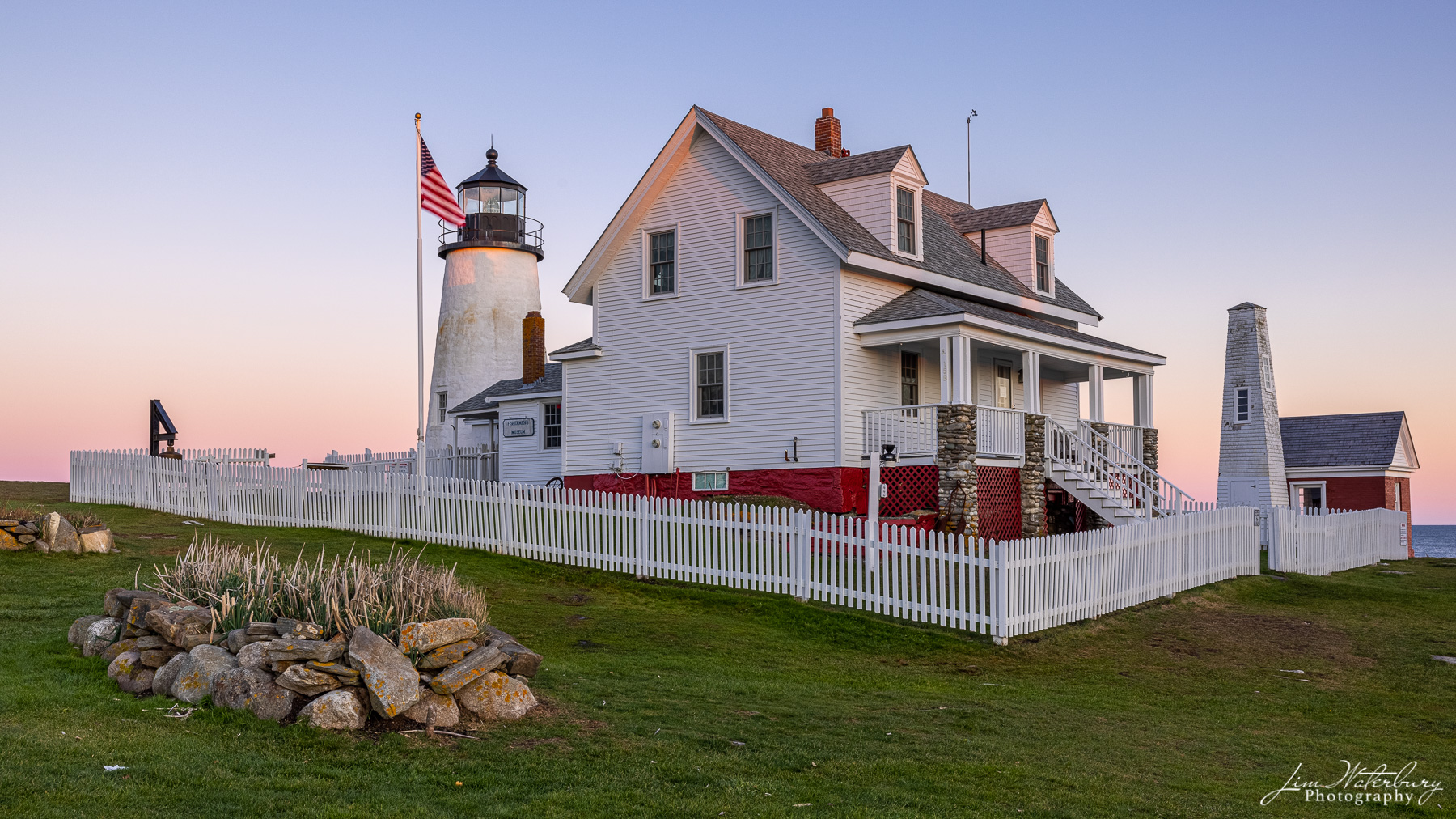 Pemaquid Point Lighthouse, with the last pink light of the day.