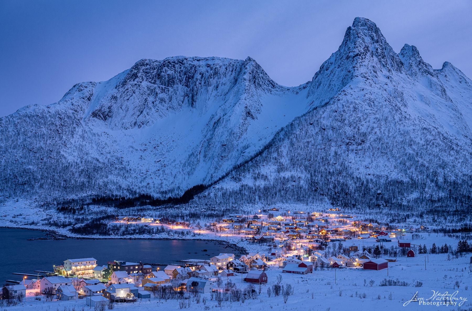 night, winter, Mefjordvaer, Senja, Lofoten, Norway, photo