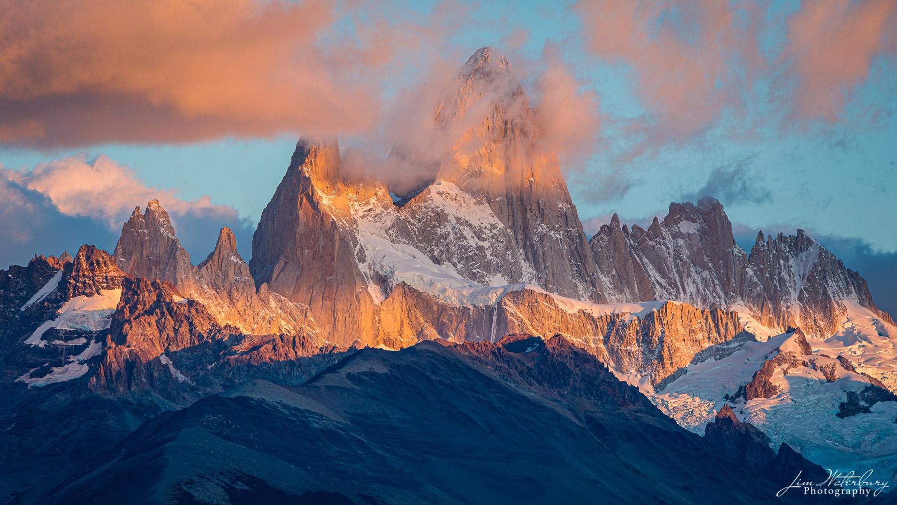Mt Fitz Roy, at sunrise, in Los Glaciares National Park, Argentina (Patagonia)