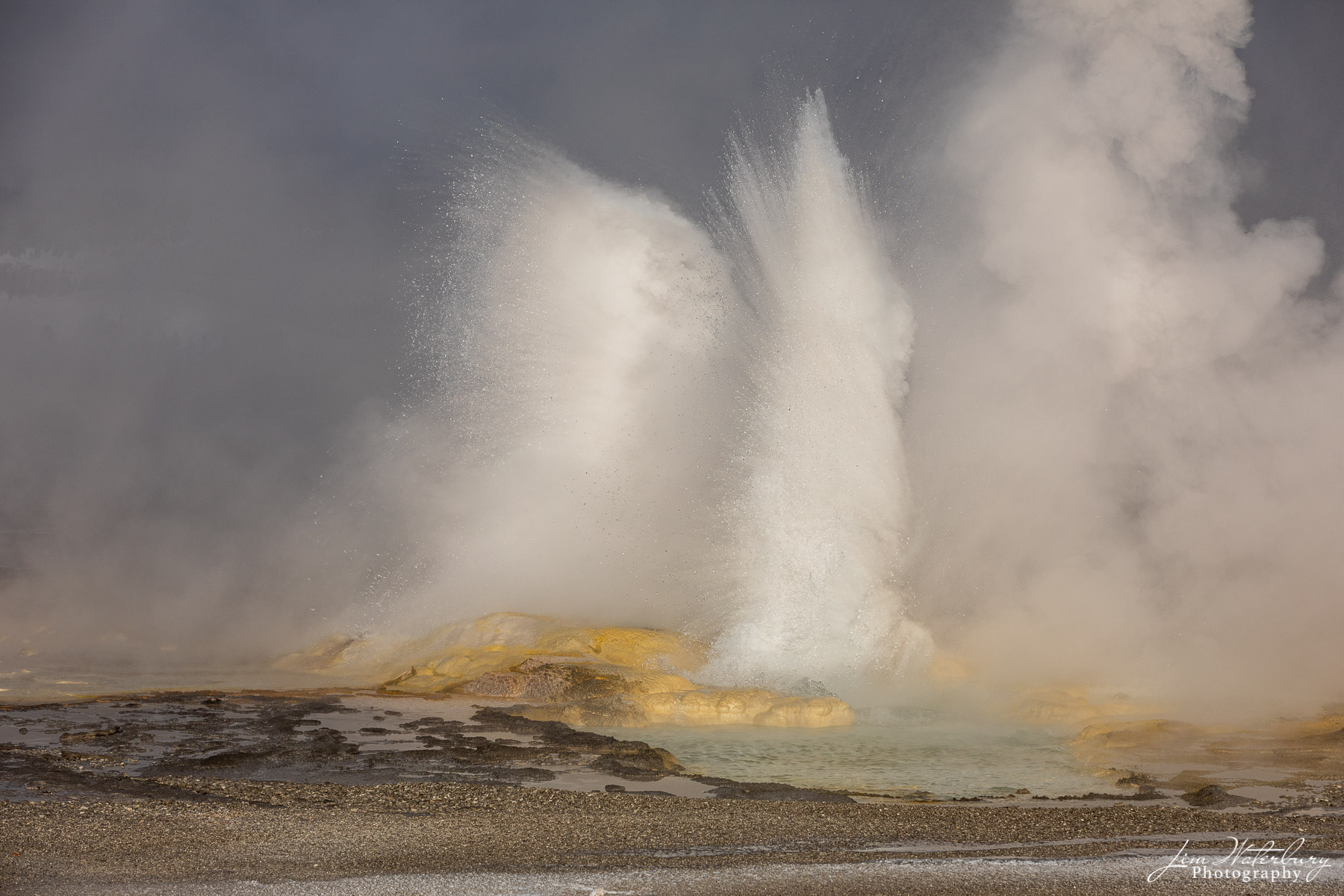 Eruption of the Clepsydra geyser in the Lower Geyer Basin of Yellowstone.